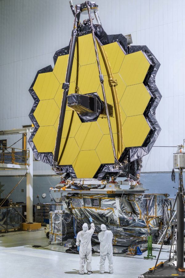 The 18 segments of James Webb in the laboratory, after completed assembly and all coatings have been applied. The gold is visually striking, but there's very little of it. Image credit: NASA / Chris Gunn.